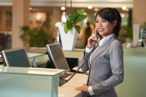 English for Tourism - Hotel Reception and Front Desk - Revised
