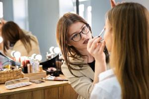 Makeup Artist Diploma Free Online