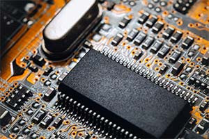 Diploma avanzado en electrónica básica