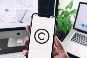 Droit d'auteur dans les médias