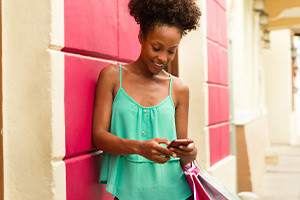 Learn the Intricacies of Phone Calls and Shopping in Portuguese