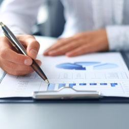 Comprender fijo, variable y costos marginales en Economía
